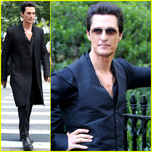 Matthew McConaughey Sports Long Nails on 'Dark Tower' Set