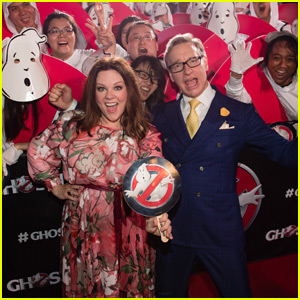 Melissa McCarthy Takes 'Ghostbusters' to Singapore