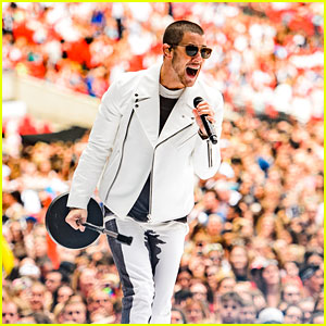 Nick Jonas Performs at CapitalFM's Summertime Ball 2016 - Watch His Performances!