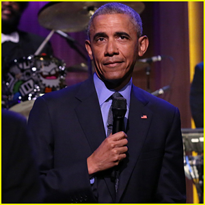 President Obama Slow Jams the News with Jimmy Fallon, Talks Donald Trump! (Video)