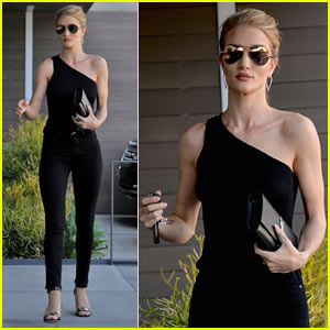 Rosie Huntington-Whiteley Wears Chick Black Outfit for Mid-Week Meeting