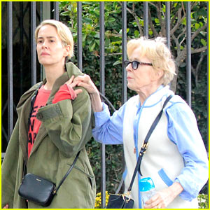 Sarah Paulson & Girlfriend Holland Taylor Are Still Going Strong!