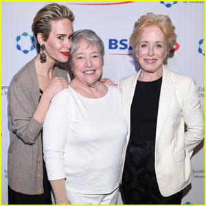 Sarah Paulson & Holland Taylor Couple Up to Help Fight Lymphedema