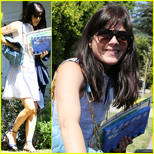 Selma Blair Looks Happy in First Outing After Airplane Meltdown