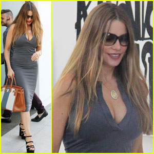 Sofia Vergara Shows Off Killer Curves While Furniture Shopping