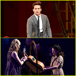 'Spring Awakening' Cast Reunites for Tony Awards 2016 Performance (Video)