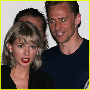 Taylor Swift Meets Tom Hiddleston's Mom!