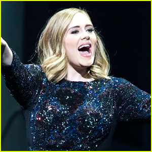 Adele Celebrates the Fourth of July in the USA!