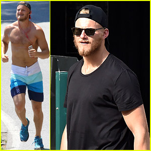 Alexander Ludwig Goes Shirtless While Working Out in Italy