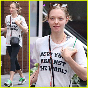 Amanda Seyfried Shares a 'Mean Girls' Throwback Pic!