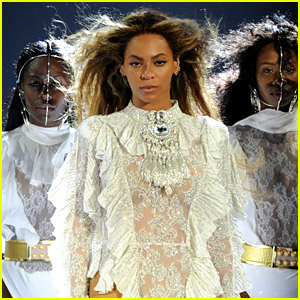 Beyonce Sings 'Freedom' A Capella, Projects Police Brutality Victims' Names on Stage (Video)