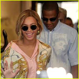 Beyonce & Jay Z Go Shopping Together in Milan