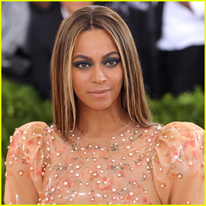 Beyonce Writes Call to Action Following Police Shootings