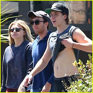 Brooklyn Beckham Lifts Shirt After Workout with Chloe Moretz
