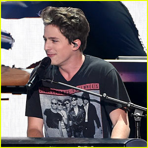 Charlie Puth Performs Slow Version of 'We Don't Talk Anymore' at Teen Choice Awards 2016 (Video)