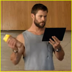 Chris Hemsworth Calls Himself 'Hemsy' in Foxtel Commercial