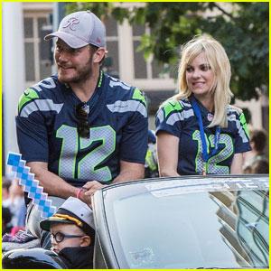Chris Pratt & Anna Faris' Son Jack is So Cute in Seattle Parade!