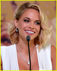 Playboy's Dani Mathers Asks for Forgiveness After Snapchatting Woman in Locker Room