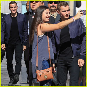 Dave Franco & Fiancee Alison Brie Might Elope!