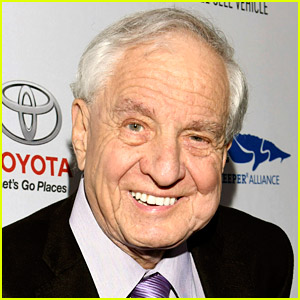 Celebs & Hollywood Stars React to Garry Marshall's Death