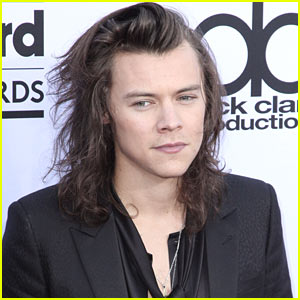 Harry Styles Returns to Twitter to Thank Fans on One Direction's 6th Anniversary