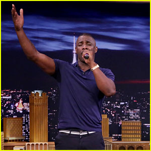 Idris Elba Sings Desiigner's 'Panda' During 'Box of Microphones' on 'Tonight Show' - Watch Now!