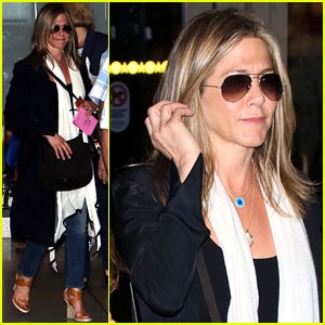 Jennifer Aniston Talks About Her Grinch-Like Character in 'Office Christmas Party'