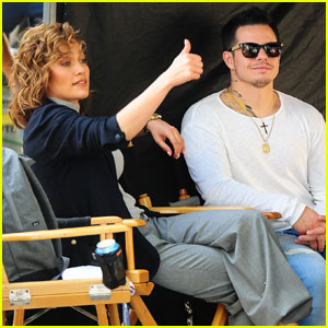 Jennifer Lopez Spends Time With Casper Smart on 'Shades of Blue' Set