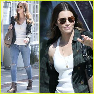 Jessica Biel Dresses Casual for Her Santa Monica Stroll