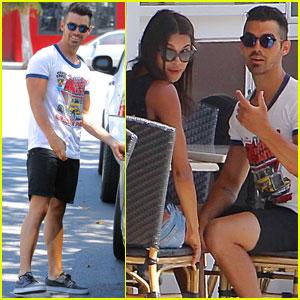 Joe Jonas Grabs Lunch With Model Pal Juliana Herz