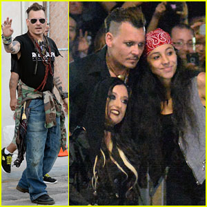 Johnny Depp Is Fan Friendly After Hollywood Vampires Show