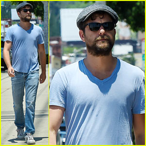 Joshua Jackson Shares a Martin Luther King, Jr. Quote on Social Media