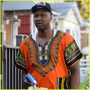 Lamar Odom Steps Out After His Airplane Incident