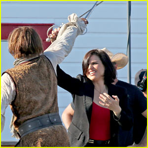 Lana Parrilla Learns How to Swordfight in 'OUAT' Teaser Clip!
