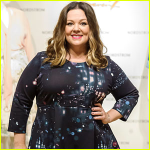 Melissa McCarthy Discusses Her Fashion Line with Chelsea Handler