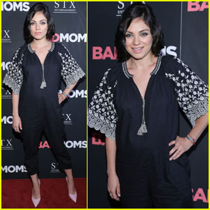 Mila Kunis Shows Off Tiny Baby Bump at 'Bad Moms' Premiere