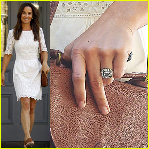 Pippa Middleton Debuts Engagement Ring - See It Here!