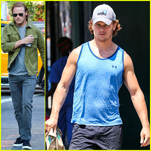 Sam Heughan Shows Off His Arm Muscles After the Gym!