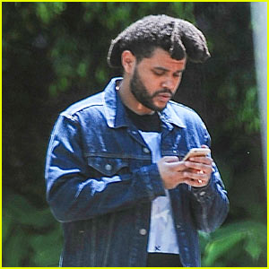 The Weeknd Shares a Pic of Himself in a Recording Studio!