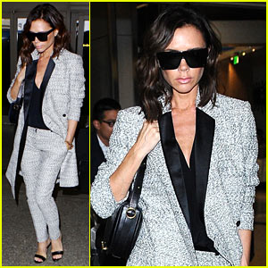 Victoria Beckham Looks Classy as She Lands at LAX