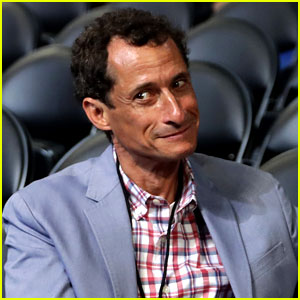 Anthony Weiner Caught Up in Another Sexting Scandal, Deletes Twitter Account