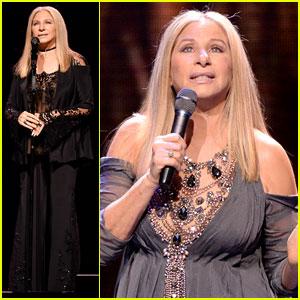 Barbra Streisand Kicks Off Tour in Los Angeles!