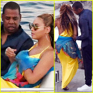 Beyonce & Jay Z Take a Romantic Boat Ride to Dinner in Italy