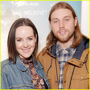 Jena Malone Is Engaged to Longtime Love Ethan DeLorenzo!