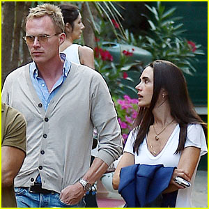 Jennifer Connelly & Paul Bettany Enjoy a European Vacation With Their Kids