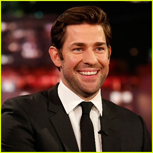John Krasinski Lost a Bet & Now Cooks for Emily Blunt Once a Week!