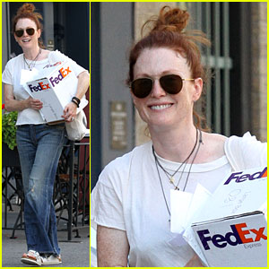 Julianne Moore Opens Up About Her Emergency Appendectomy