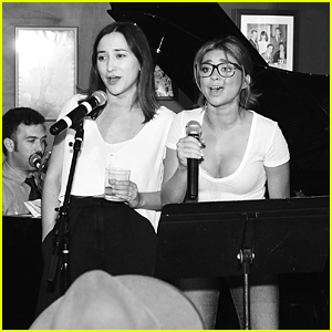 Sarah Hyland & Zelda Williams are Karaoke Queens at Glamour Mag's AG Denim Dinner