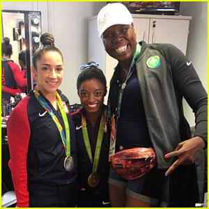 Leslie Jones Meets Olympians Simone Biles & Aly Raisman in Rio (Video)