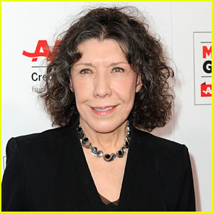 Lily Tomlin to Receive 2017 SAG Life Achievement Award!